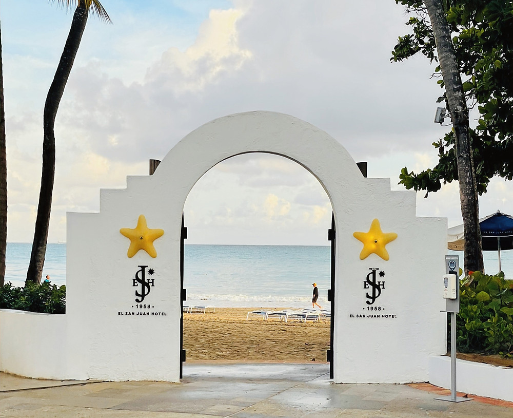 The entrance to the beach at Fairmont