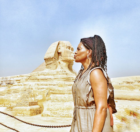 Kissing%20the%20great%20sphinx%20of%20gi