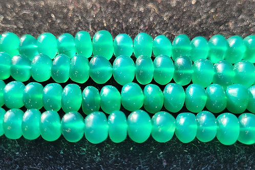 19. - 5x8 mm smooth Green Onyx rondelles