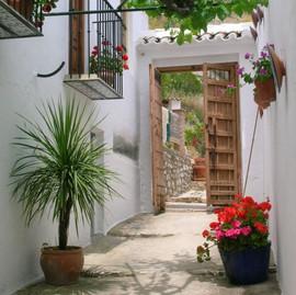 El Molino del Conde: The courtyard