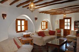El Molino del Conde: Large beamed living room