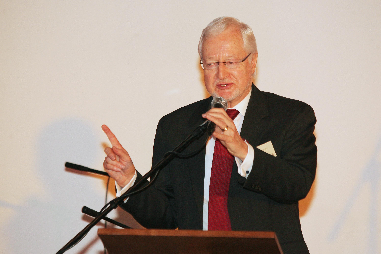 Pauls Petrie (Paul Petrie)