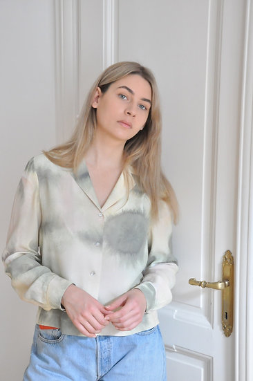 Upcycled shirt with shell buttons