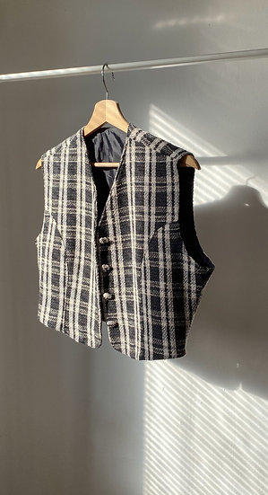 Checked Vest // oversized s or fitted M