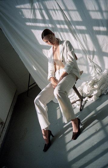 Basic white pants with dark stripes - EU 38