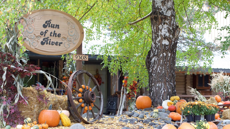 Fall Entry w ROTR Sign_edited