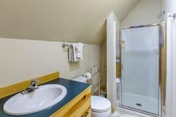 Bunk bathroom
