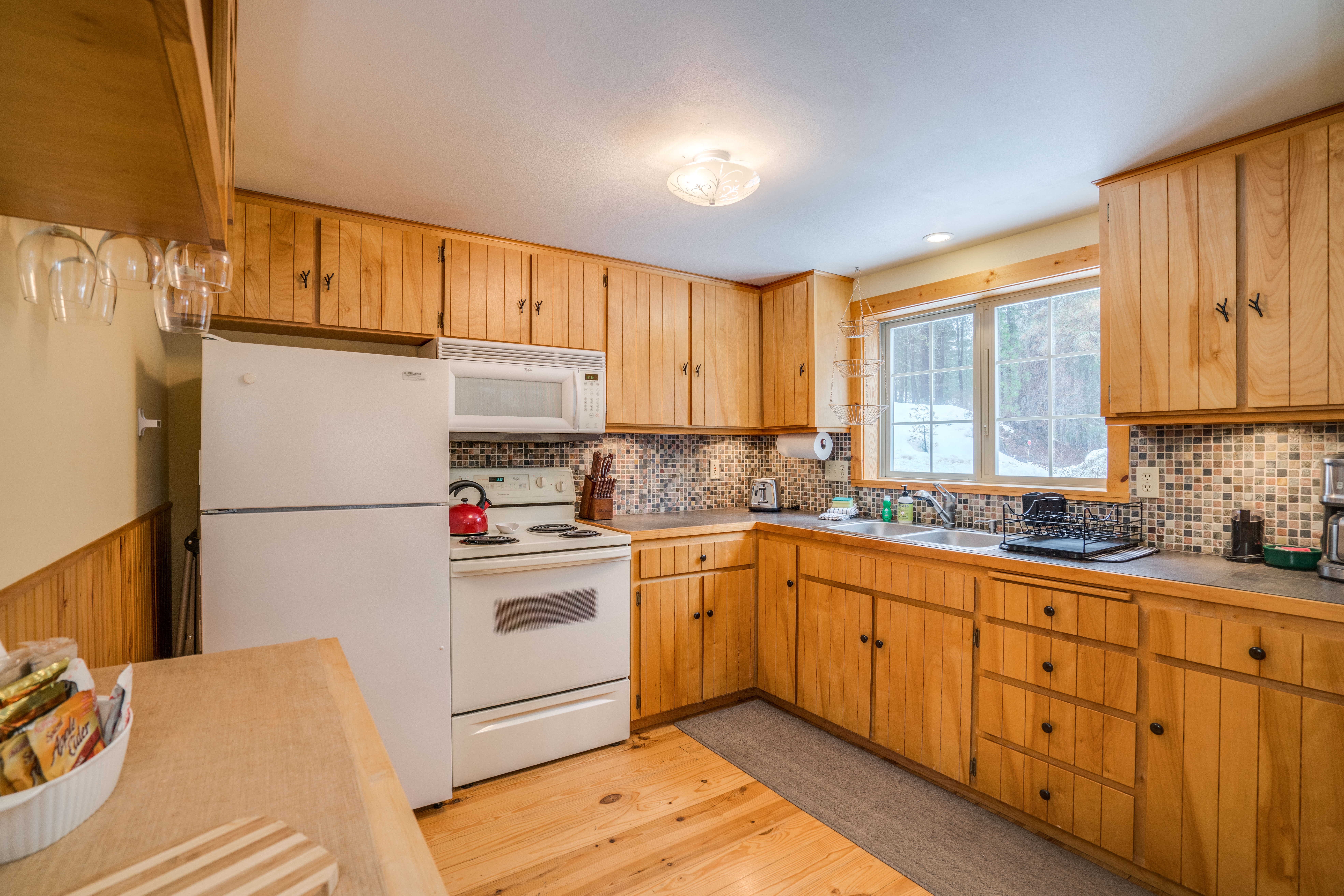 11160 Meadow Dr.-13