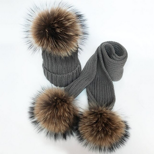 "Real Fur Hat & Scarf Set. The Carina Collection, in ""Classica"""