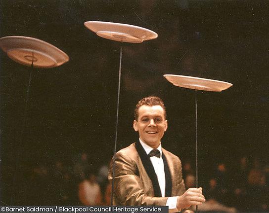 Bartschelly, spinning plates, 1964.jpg