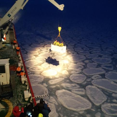 Science activities on the Cape Agulhus II in Antarctica