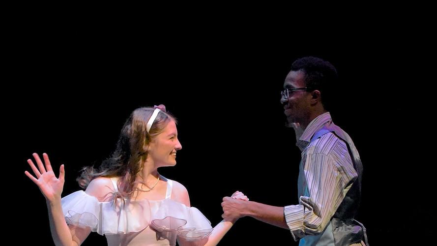 Eurydice and Orpheus Dance