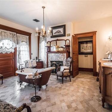 luxurious bedroom and bathroom suite in Eureka Springs