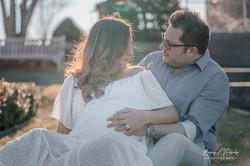 Maternity photography at Waveny Park