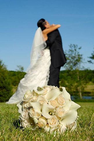 Find wedding photographers near me
