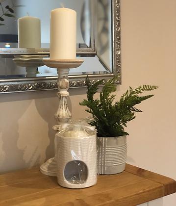 Ceramic burner with eucalyptus melts