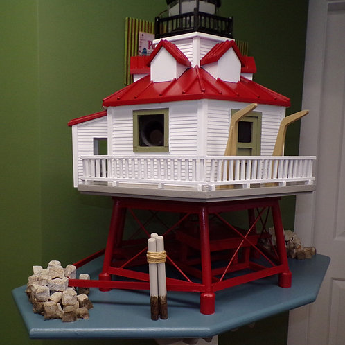 3 Cluster Thomas Point Lighthouse Birdhouse