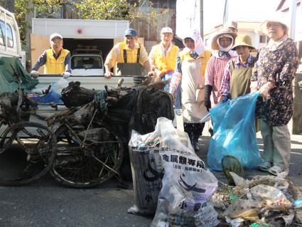 10月例会 宝珠川内の清掃&地域清掃