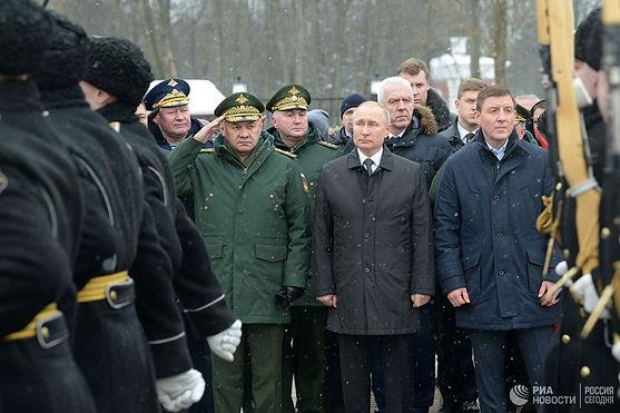 Президент РФ Владимир Путин принимает участие в мероприятиях, посвященных памяти военнослужащих 6-й парашютно-десантной роты, геройски погибших в 2000 году в Аргунском ущелье