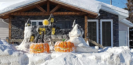 2020 - Snow Sculptures - 385 11th Ave.jp