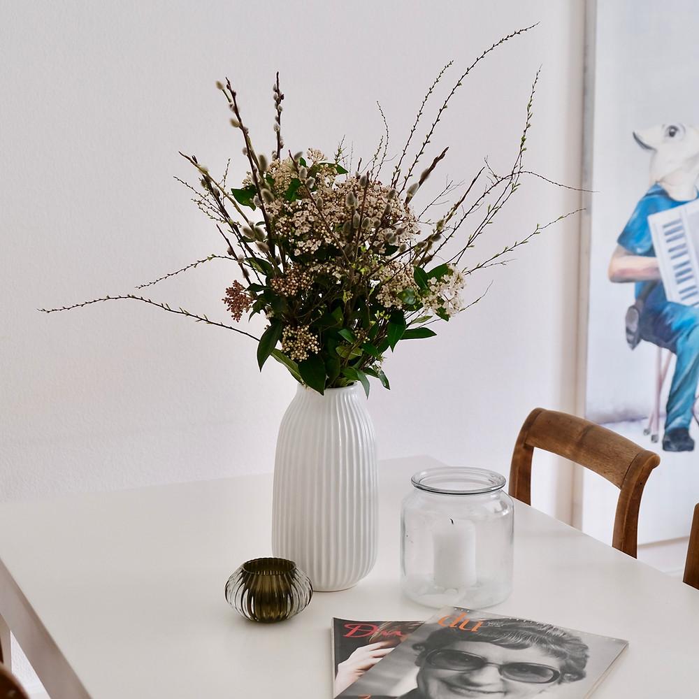 Saisonaler Schweizer Blumenstrauss