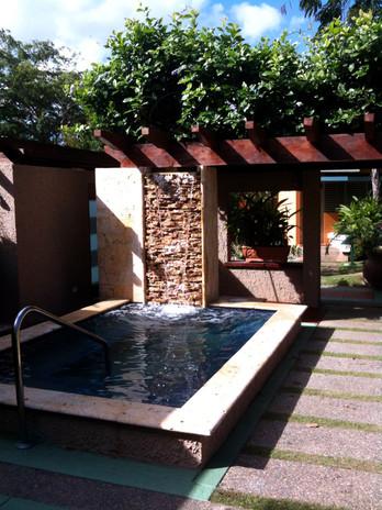 Slide1-piscina7.jpg
