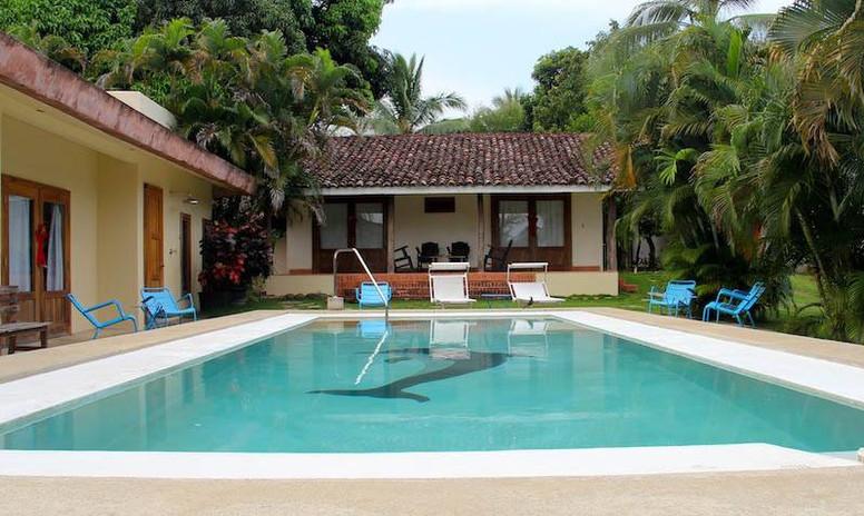 Slide1-piscina5.jpg
