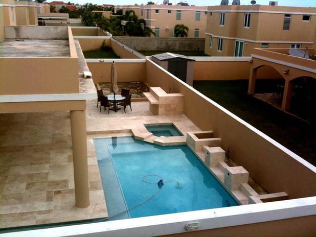 Slide1-piscina2.jpg