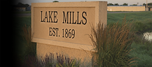 Lake Mills Sign.png