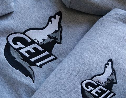 Broderie logo sur sweats