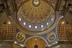 italien_rom_petersdom_innen_pixabay.jpg