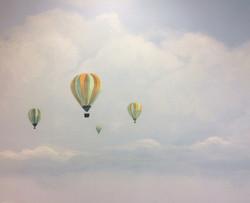 Heißluftballons in der Ferne