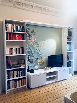 TV Wand mit Wandmalerei