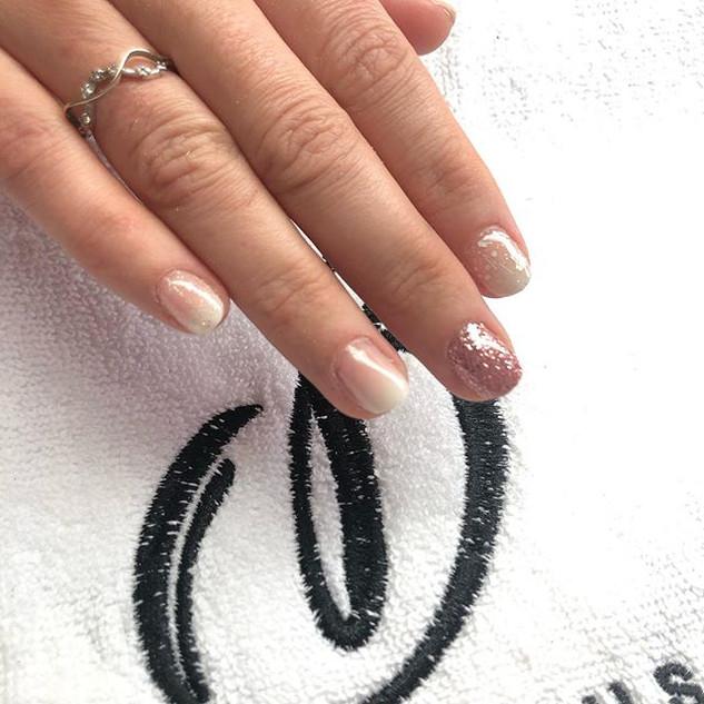 #babyboomernails #ongles #resinart #resine Nature d'ongles var 83170 brignoles