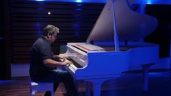 Karem_piano