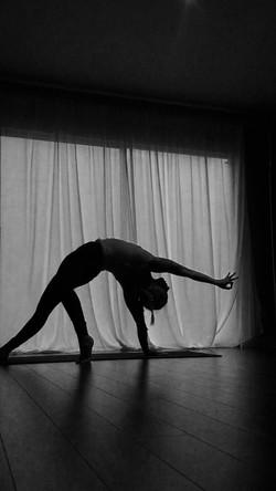 alysia yoga