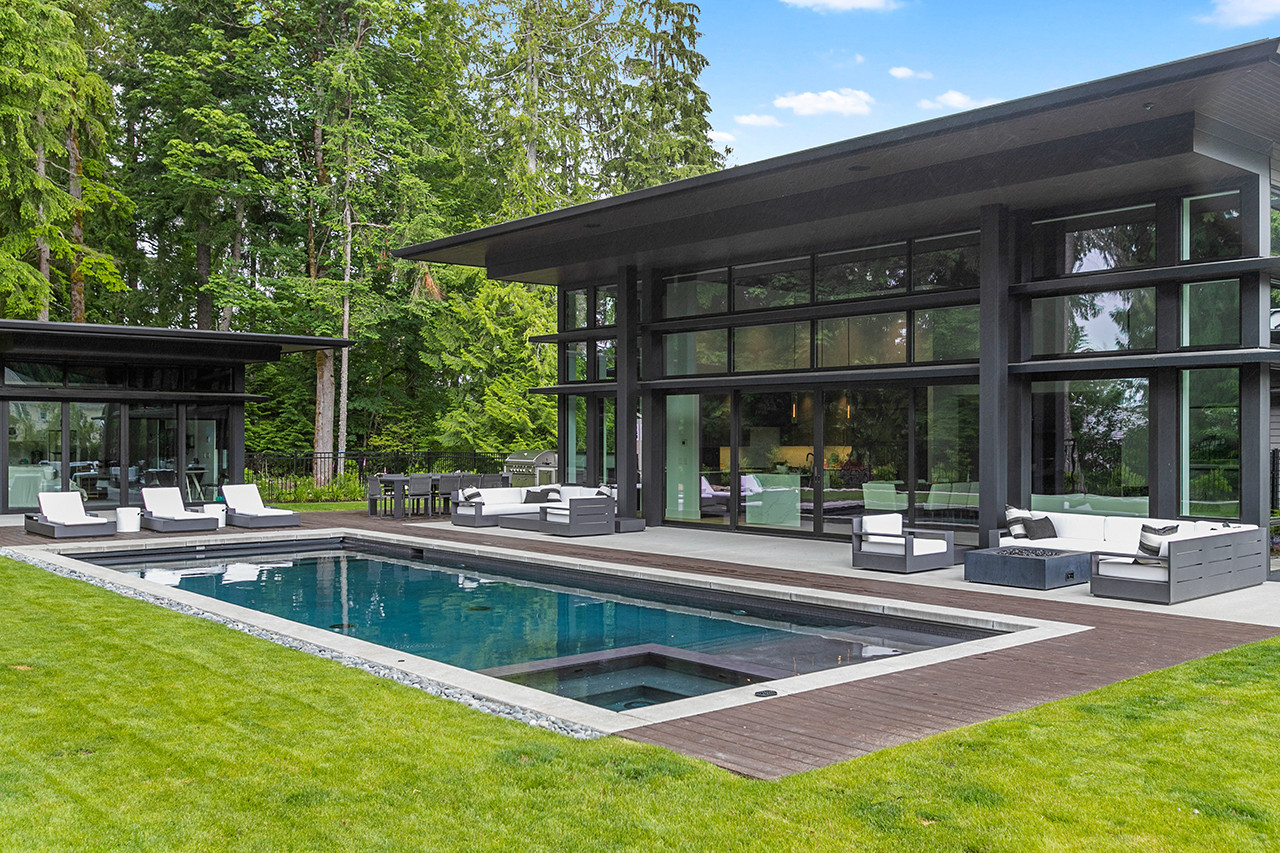 Woodland Pool Deck