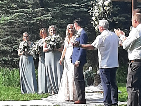 Elizabeth and Dylan Tie the Knot at the Family Farm
