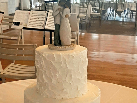 A Rainy Day Doesn't Dampen the Meadow Brook Hall Celebration for Rachel and Dan