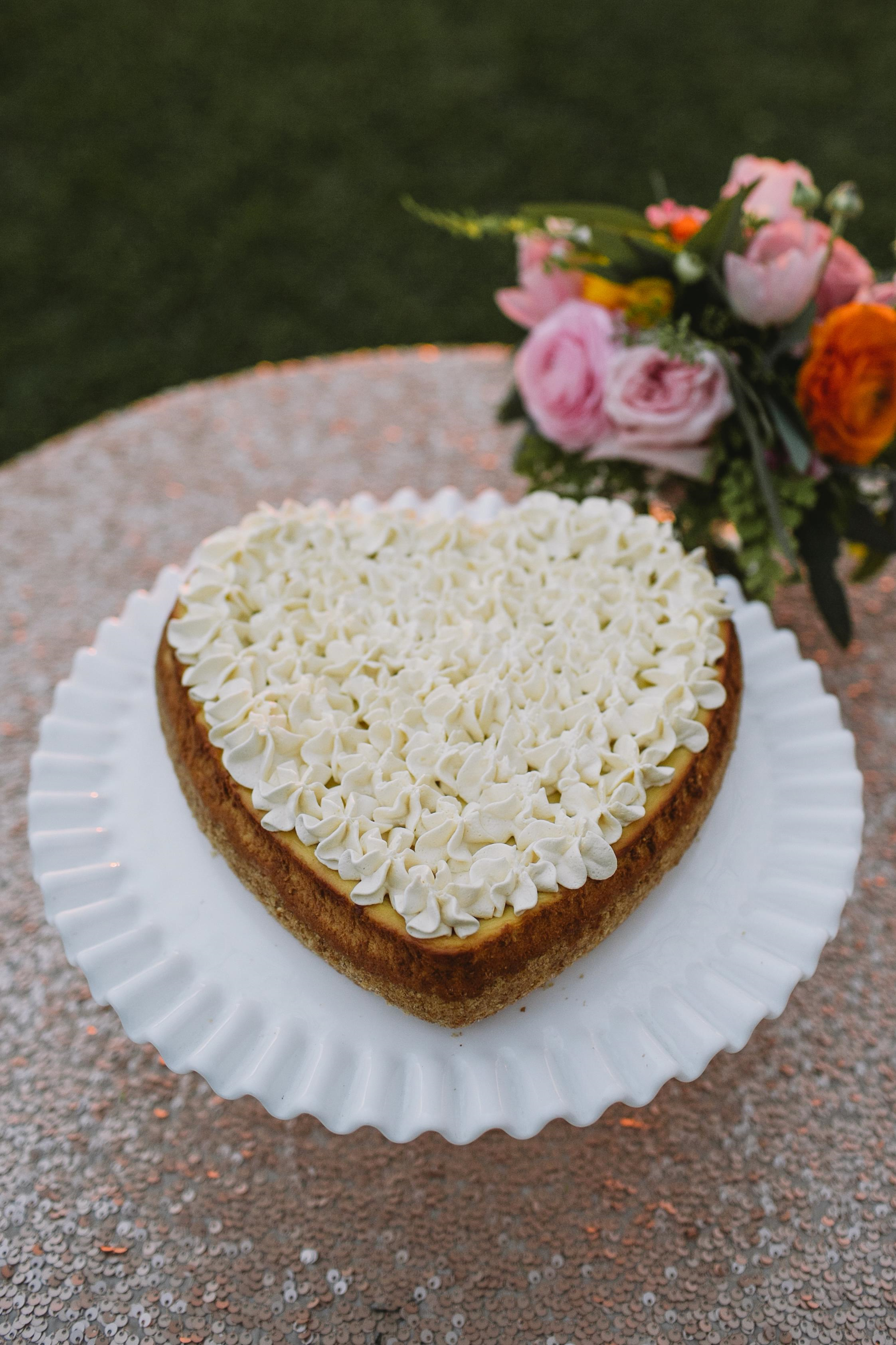 wedding heart cheesecake