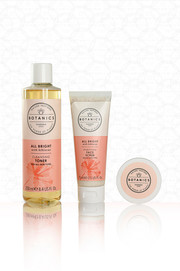 Botanics Cosmetic Set Photography On Whi