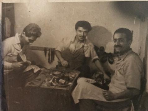 Με πείρα από το 1955 στη κατασκευή υποδημάτων
