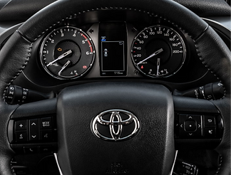 toyota-hilux-main-4.png