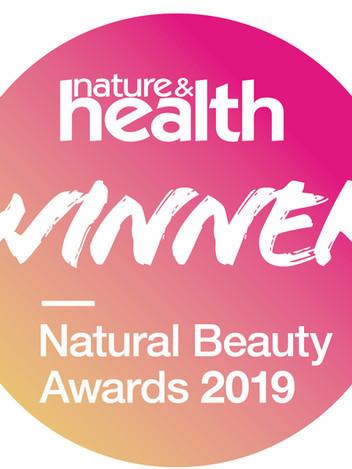 Winner Natural beauty awards 2019_sticke