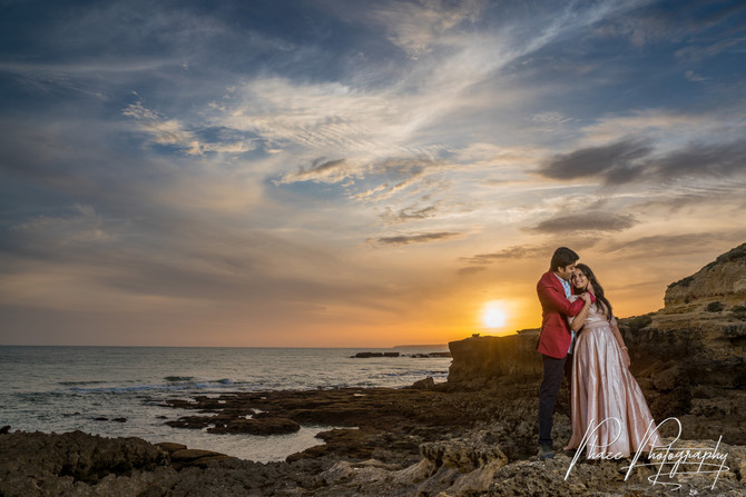 Dramatic Beach Portrait Session Algarve - Praia do Evaristo