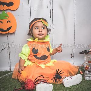 Wacky Mini Halloween party Little pumpkin