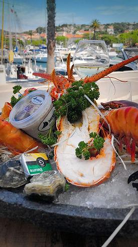 plateaux fruits de mer chez daniel coquillages, Bar à huitres à Sainte Maxime