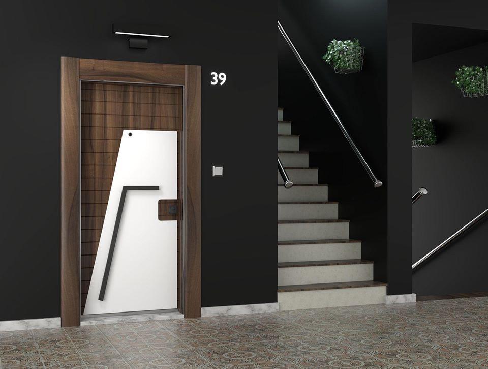 1 ivrati входна врата.jpg