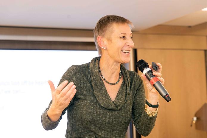 Public speaking, presentations, voice, get heard, speak with confidence