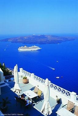 Santorini_Fira_005_YSkoulas.jpg
